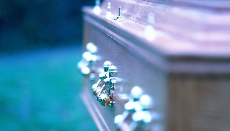 The Advantages of Being a Mortician | Career Trend