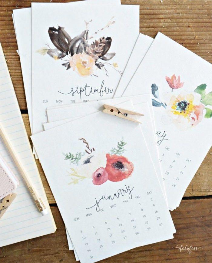 20+ Free Printable Calendars for 2017 - Hongkiat