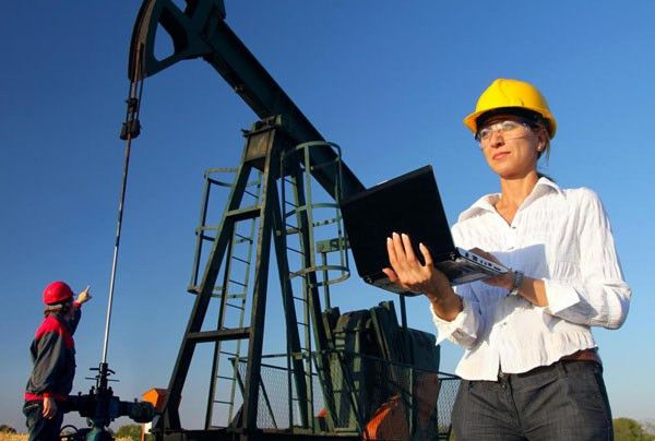 Everything You Need to Know About Petroleum Engineers | Canada's ...