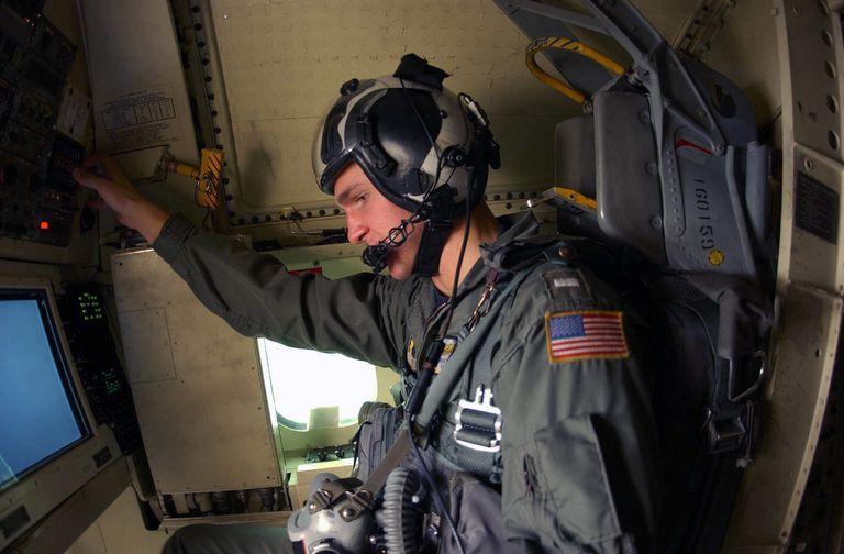 Naval Flight Officer (NFOC) - Naval Aviation Job Description