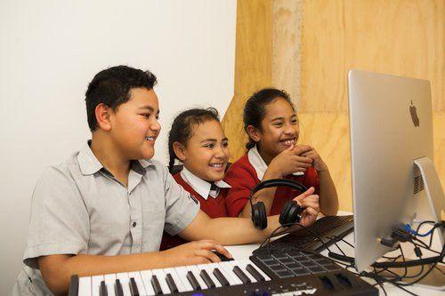 Māori, Pasifika & Te Reo Speakers Job Find Assistance - Education ...