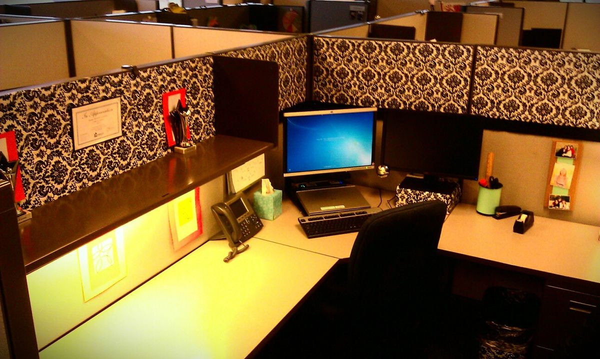 1000 images about cubicle bliss on pinterest for Cute cubicle ideas