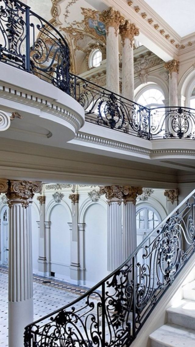 1000 images about luxury entrances foyers front door for Grand entrances