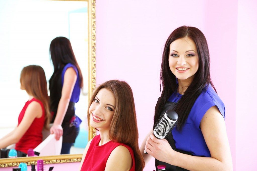 5 Good Reasons to Have A Salon Mentor
