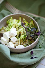 zucchini quinoa sala