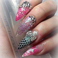 #nails by @ashleybe