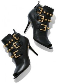 Stylish Black Studde