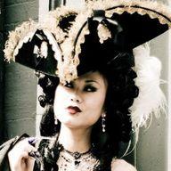 Velvet Tricorn Hat r