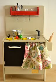 Woden toy kitchen (m