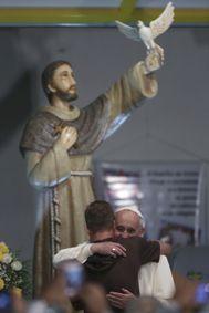 L'Osservatore Romano, Para abrazar a quien sufre