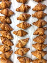 Almond croissants //