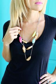 Clay geometric neckl
