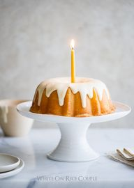 lemOn bundt cake wit