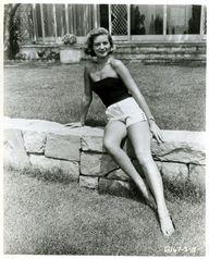 #LaurenBacall 1940.