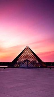 Le Louvre au coucher