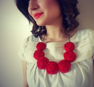 red rosette necklace
