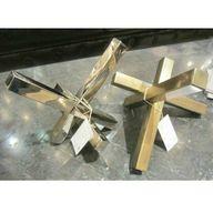 Intersectig Sculptur