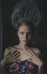 queen by MartaSyrko