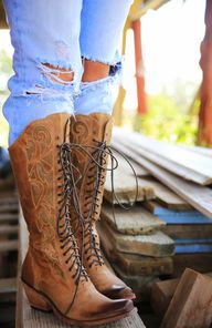 Prairie-lace-up-boot