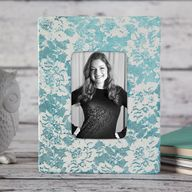 Look of Lace Frame -