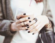 Dark manicure