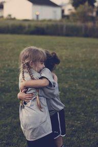 hug awawa!