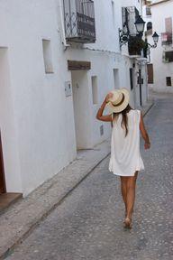<3 { dress }