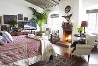 Cozy Bedroom with Fi