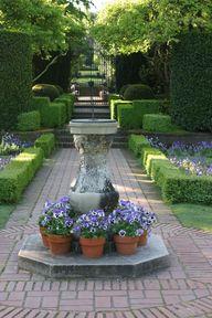 via Fine Gardening