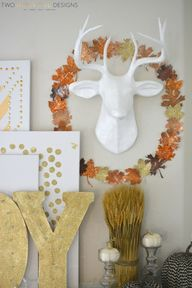 DIY Glitter Wreath a