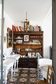 bookcase in the bath