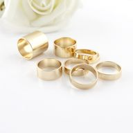 Simple gold rings.