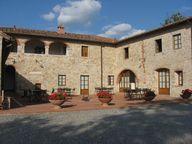 Castello Meleto vill