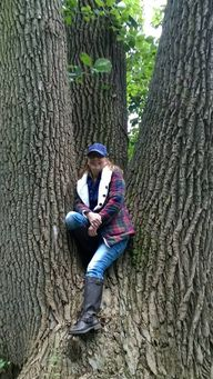 Climb a tree while c