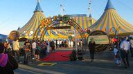 Kurios opens on Augu