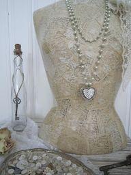 ❥ Hjerter og Hvite Liljer: <3