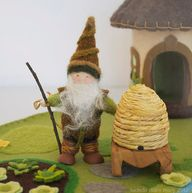 Beekeeper Gnome with