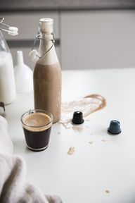 Coffee Nut Milk (wit