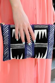 This clutch can also be an iPad case! #Doublepurposepurse