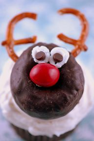 Donut Reindeer Cupak