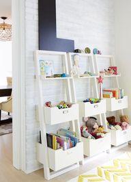 Leaning storage shel