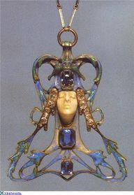 Art Nouveau pendant.