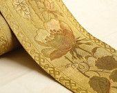 #1800 #gold #vestmen