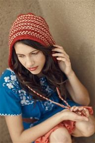Riga Bonnet knitting