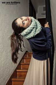 This cosy snood is k