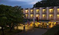 Fachada Hotel Viva V