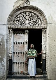 Zanzibar.  Veiled wo