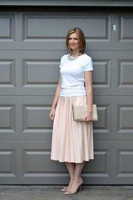 Full pink skirt. Ple