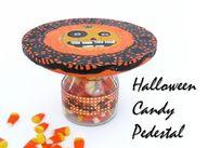 Halloween pedestal -