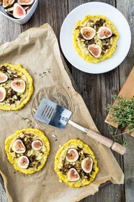 Caramelized Shallot  Fig Polenta Pizzas with Thyme  Pine Nuts